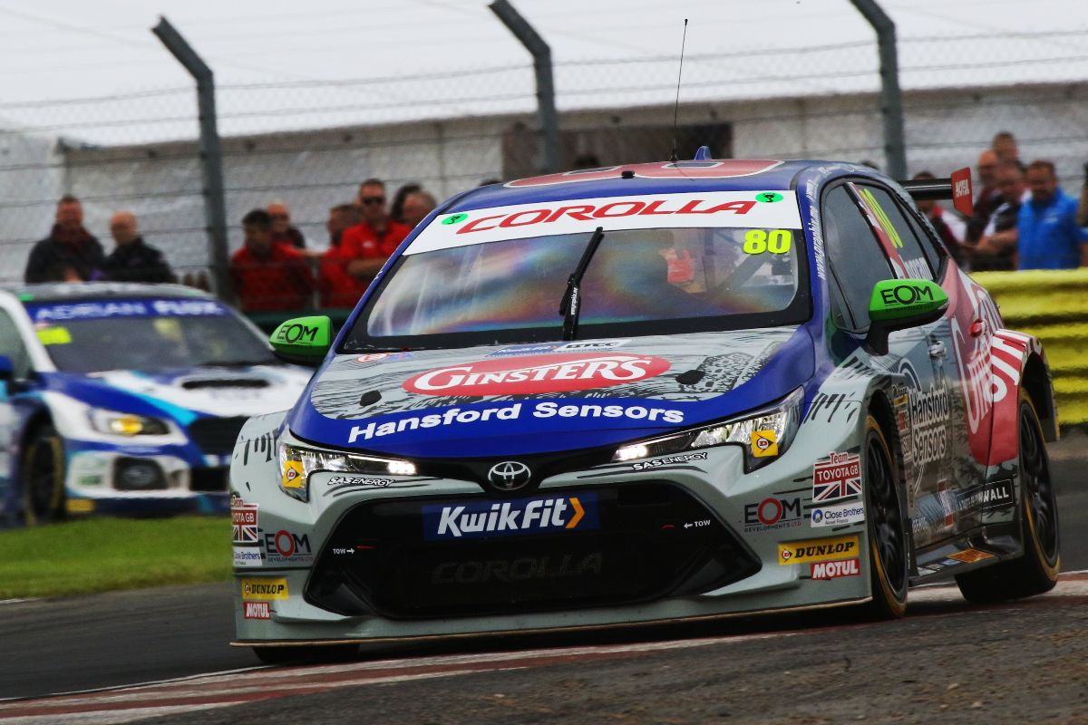Ingram racing on the track at Croft