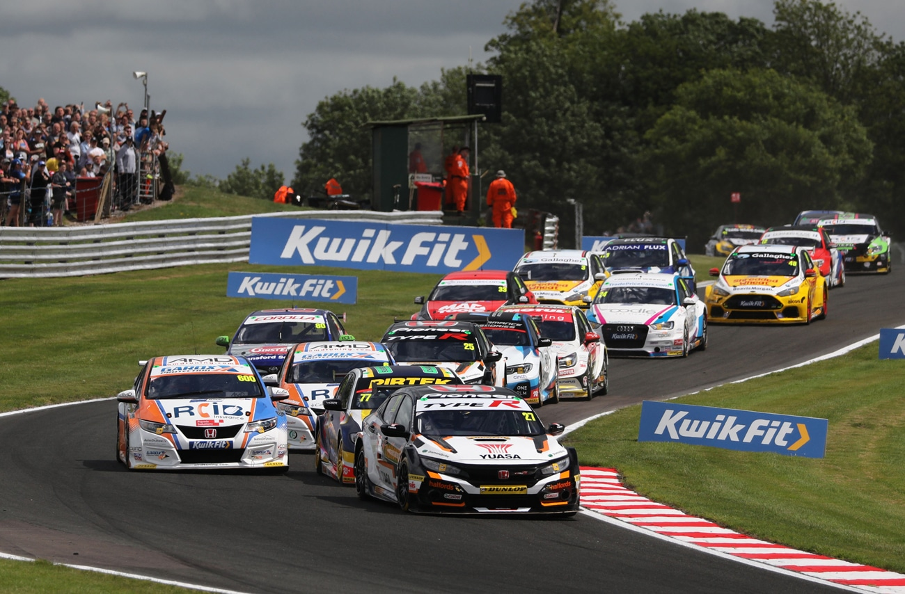 More podiums for Honda on day of frustration at BTCC Oulton Park
